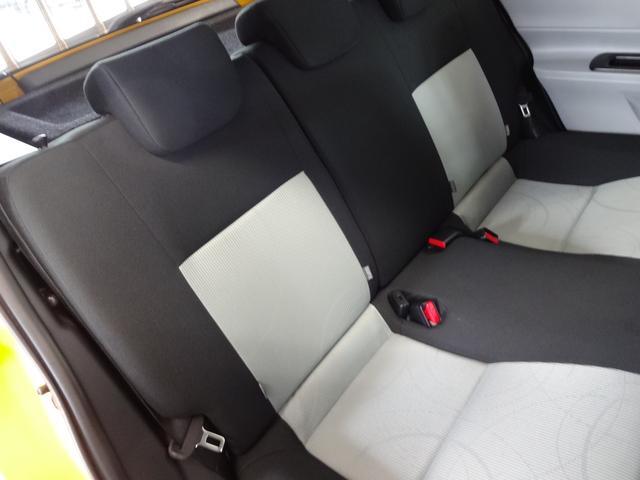 トヨタ アクア Sスマートエントリーパッケージ