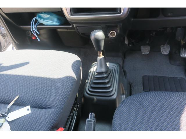 ベースグレード 4WD 5速マニュアル パワーウインドウ(12枚目)