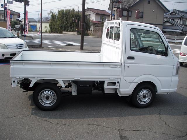 スズキ キャリイトラック KCパワステ農繁仕様 登録済未使用車 4WD パワステ