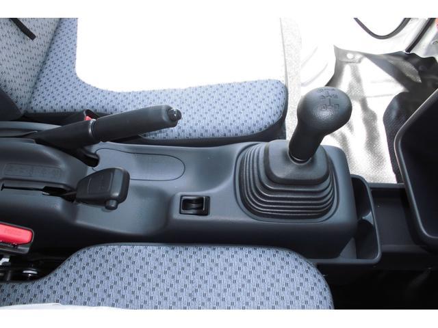 5速マニュアル・パートタイム4WD