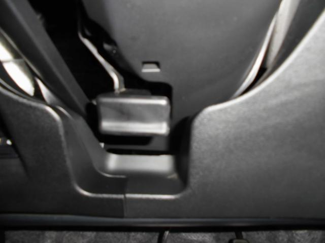 RS ワンセグナビ・ビルトインETC・熱線フロントガラス・クルーズコントロール・パドルシフト・HIDオートライト・フォグランプ・横滑り防止・革巻ステアリング・革巻シフト・アルミカバーペダル・16インチアルミ(62枚目)