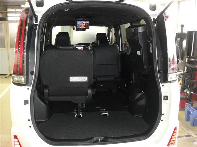 Si 4WD ナビ バックカメラ 両側パワースライドドア オートエアコン フルセグ 後席モニター 衝突被害軽減システム 乗車定員7人(18枚目)