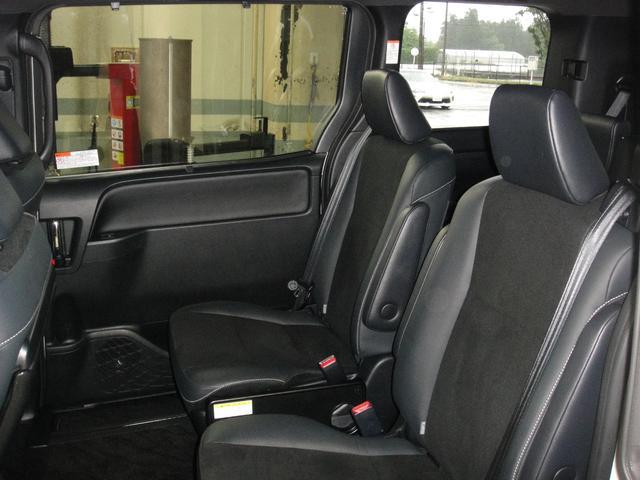 Si 4WD ナビ バックカメラ 両側パワースライドドア オートエアコン フルセグ 後席モニター 衝突被害軽減システム 乗車定員7人(51枚目)