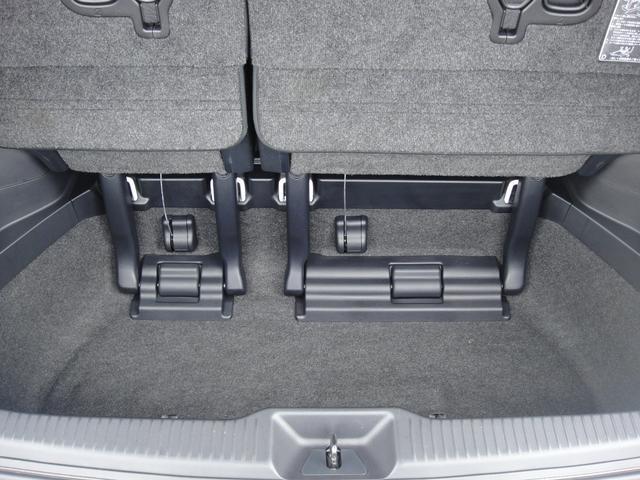 アエラス 4WD フルセグ メモリーナビ DVD再生 ミュージックプレイヤー接続可 バックカメラ 衝突被害軽減システム ETC 両側電動スライド LEDヘッドランプ 乗車定員7人 3列シート 記録簿(49枚目)