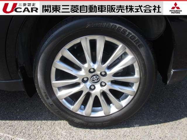 トヨタ ハリアーハイブリッド 2.5 ハイブリッド E-Four プレミアム 4WD