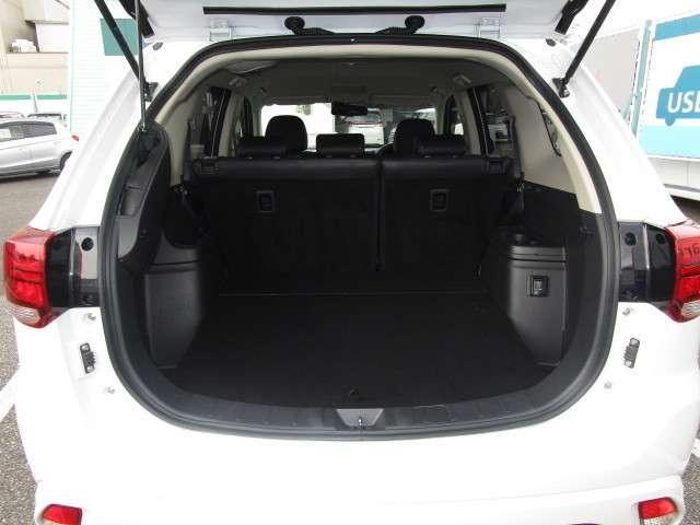 2.0 G ナビpkg 4WD 電気温水H 前席シートH(17枚目)
