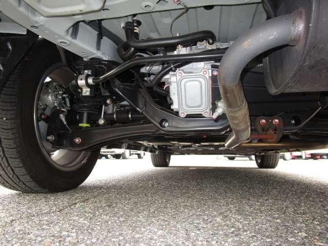 2.0 G ナビパッケージ 4WD 電動スライドサンルーフ(18枚目)