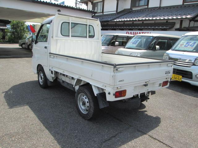 スペシャル 4WD 5MT タイミングチェーン駆動 エアコン(8枚目)