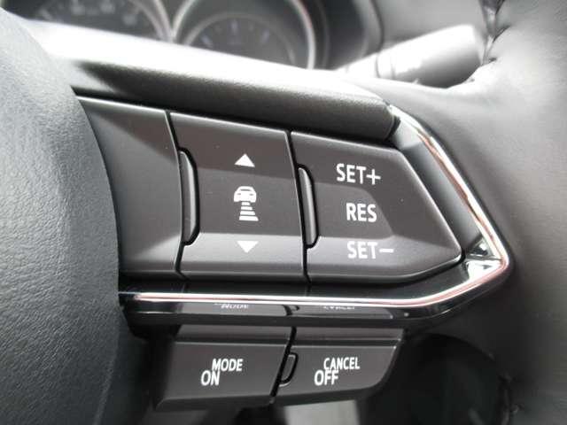 2.2 XD シルク ベージュ セレクション ディーゼルター ワンオーナー 禁煙車 サンルーフ BOSEサウンド 冬タイヤ付 8インチモニター カープレイ対応 360度カメラ G-ベクタリングコントロール 先進安全技術搭載 オフロードトラクションアシスト機能(12枚目)