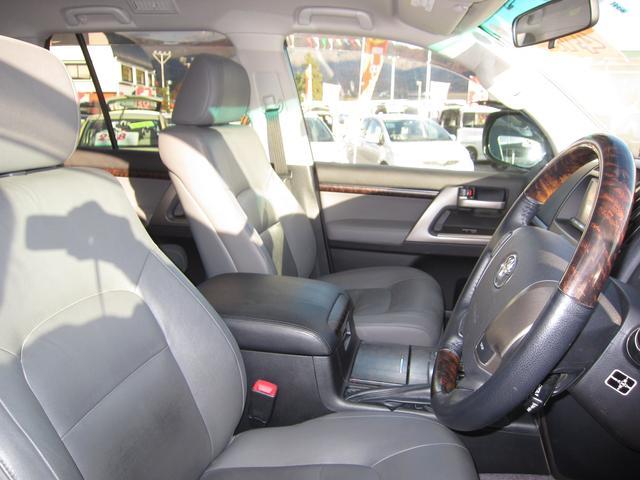 AX Gセレクション 4WD ワンオーナー ナビ 8人乗り(15枚目)