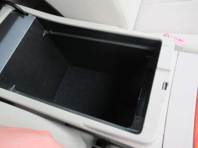 2.4 G ナビ ETC バックカメラ クルコン(18枚目)