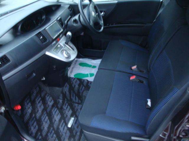 カスタム R 4WD ターボ 社外ナビ 新品タイヤ HID(16枚目)