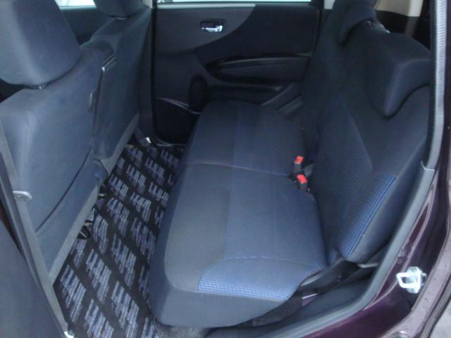カスタム R 4WD ターボ 社外ナビ 新品タイヤ HID(17枚目)