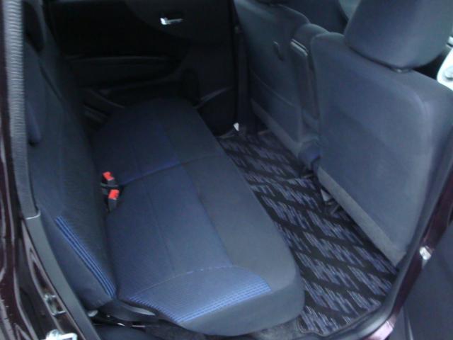 カスタム R 4WD ターボ 社外ナビ 新品タイヤ HID(18枚目)