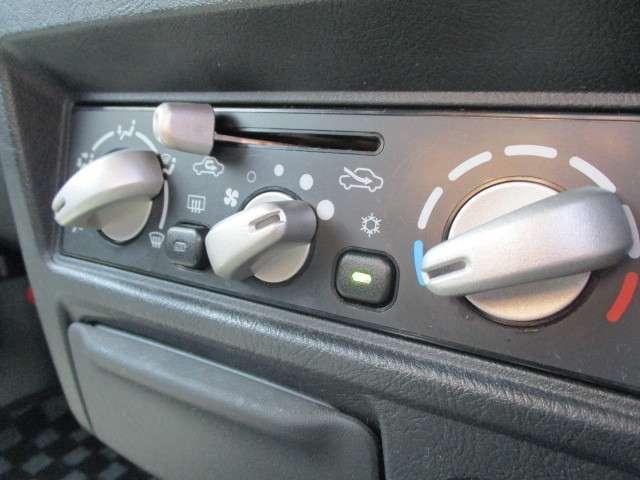 660 リミテッド エディション VR 4WD 禁煙車 2D(7枚目)