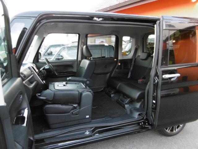 カスタムRS トップエディションリミテッドSAIII 4WD(10枚目)