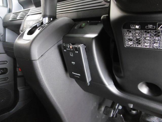 ファン・ターボホンダセンシング ナビ装着用スペシャル 4WD 地デジフルセグナビ 音声タイプETC バックカメラ 追従走行機能 レーダーブレーキシステム(12枚目)