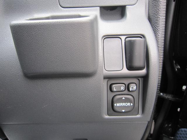 スバル サンバーバン VCターボ 4WD 5速マニュアル