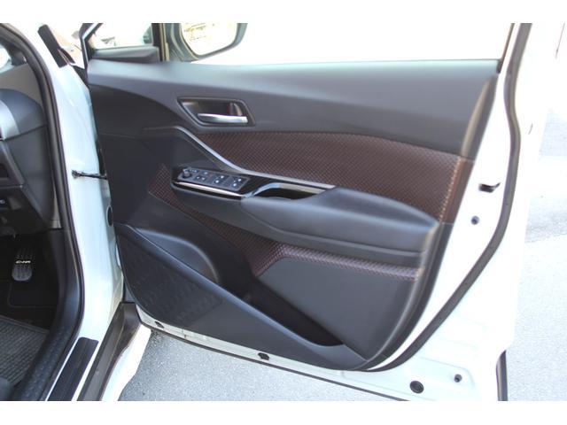 「トヨタ」「C-HR」「SUV・クロカン」「長野県」の中古車12