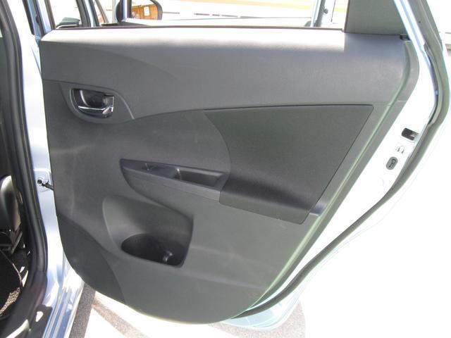 運転席側後列ドア