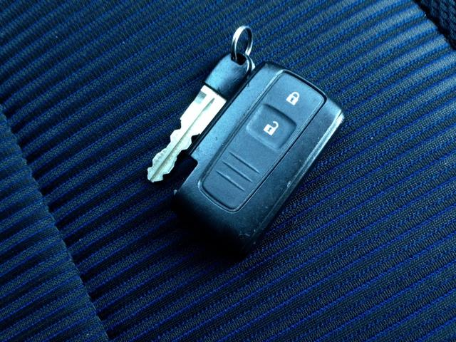 カスタム RS CVT ARREESTアルミ ナビTV DVD再生 ドライブレコーダー フルオートエアコン Bluetooth USB CD 電格ミラー 盗難防止 HID ターボ キーフリー Tチェーン モモ革巻ハン(23枚目)