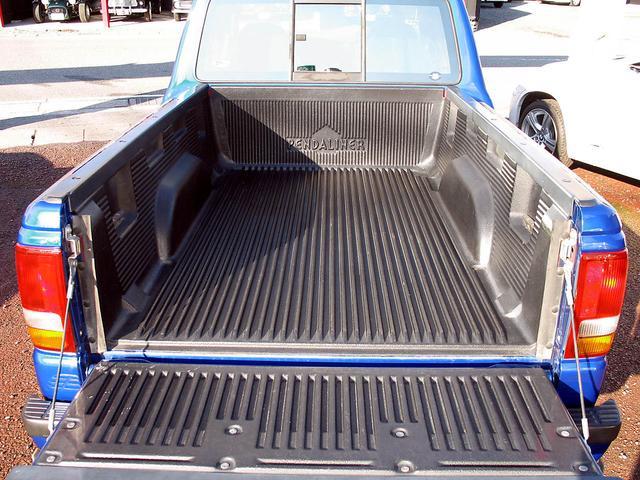「フォード」「レンジャー」「SUV・クロカン」「山梨県」の中古車16