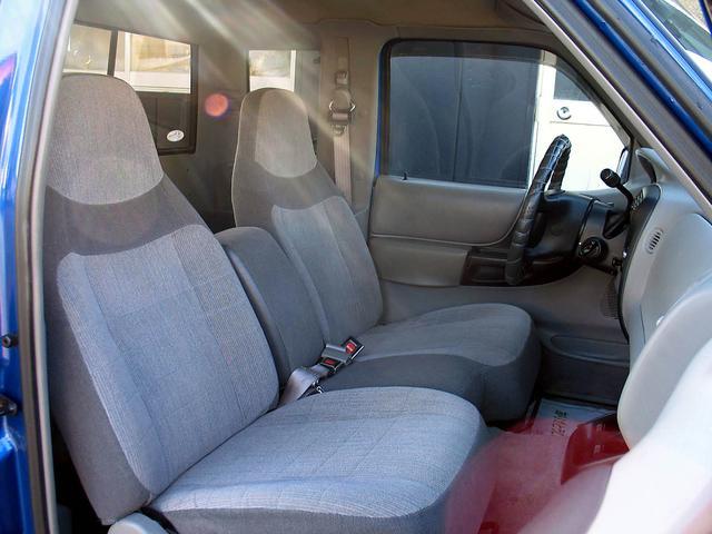 「フォード」「フォード レンジャー」「SUV・クロカン」「山梨県」の中古車29