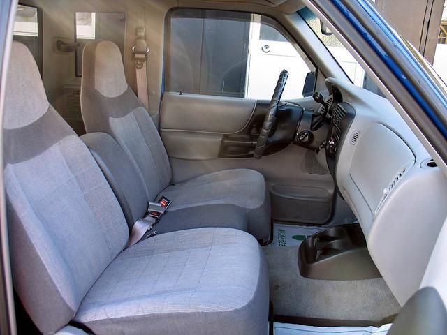 「フォード」「レンジャー」「SUV・クロカン」「山梨県」の中古車30