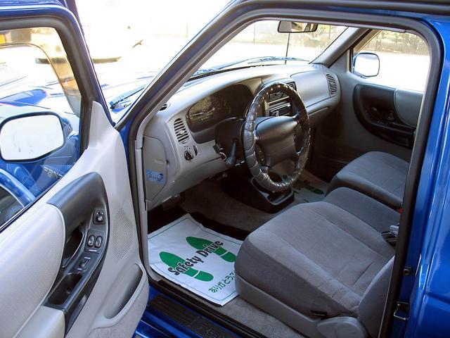 「フォード」「レンジャー」「SUV・クロカン」「山梨県」の中古車36