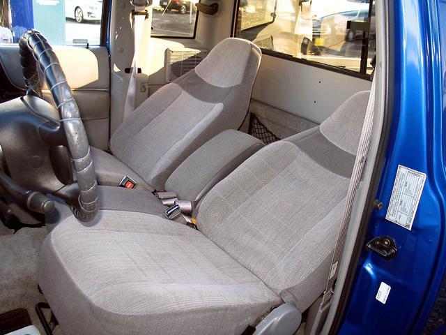 「フォード」「レンジャー」「SUV・クロカン」「山梨県」の中古車38