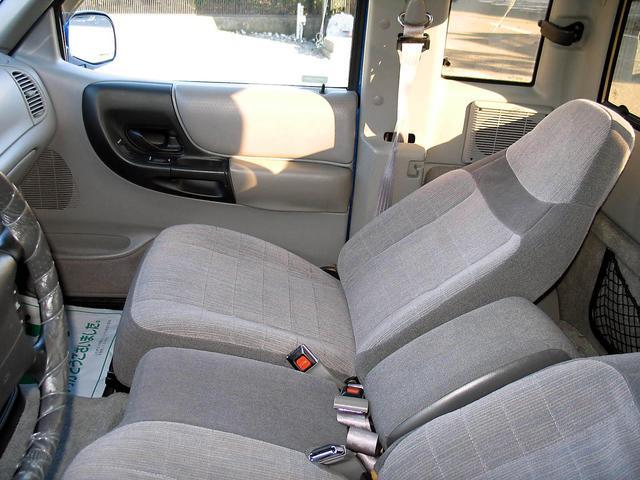 「フォード」「レンジャー」「SUV・クロカン」「山梨県」の中古車39