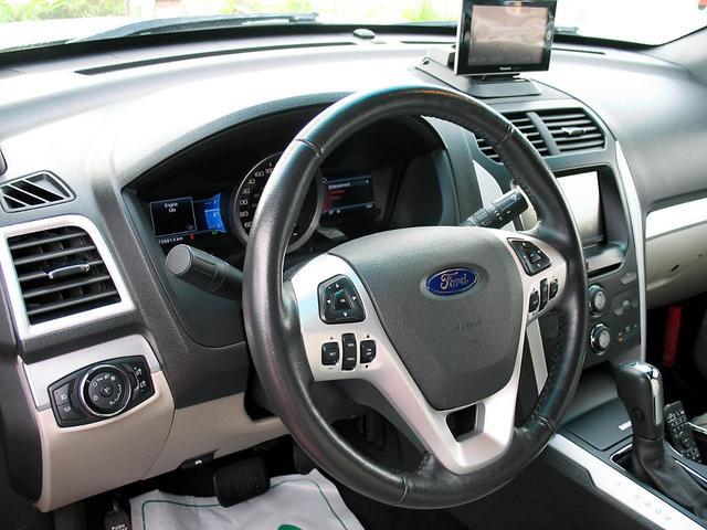 「フォード」「フォード エクスプローラー」「SUV・クロカン」「山梨県」の中古車28