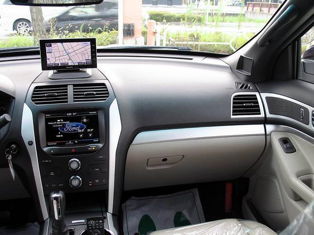 「フォード」「フォード エクスプローラー」「SUV・クロカン」「山梨県」の中古車29