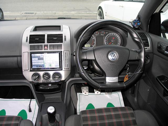 「フォルクスワーゲン」「VW ポロ」「コンパクトカー」「山梨県」の中古車30