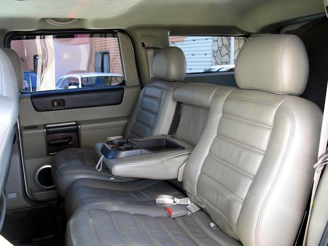 「ハマー」「ハマーH2」「SUV・クロカン」「山梨県」の中古車44