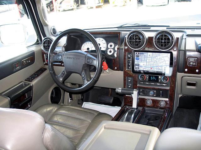 「ハマー」「ハマーH2」「SUV・クロカン」「山梨県」の中古車54