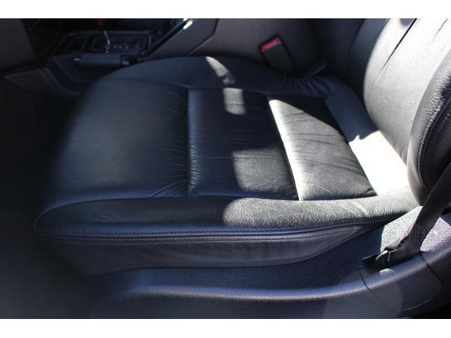 メルセデス・ベンツ M・ベンツ G500L 黒革シート 左ハンドル ドライブレコーダー