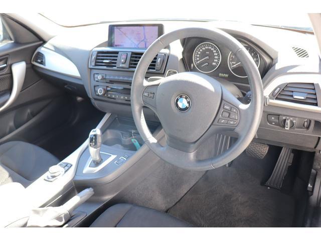 BMW BMW 116i キセノンヘッドライト 純正ナビ オートライト