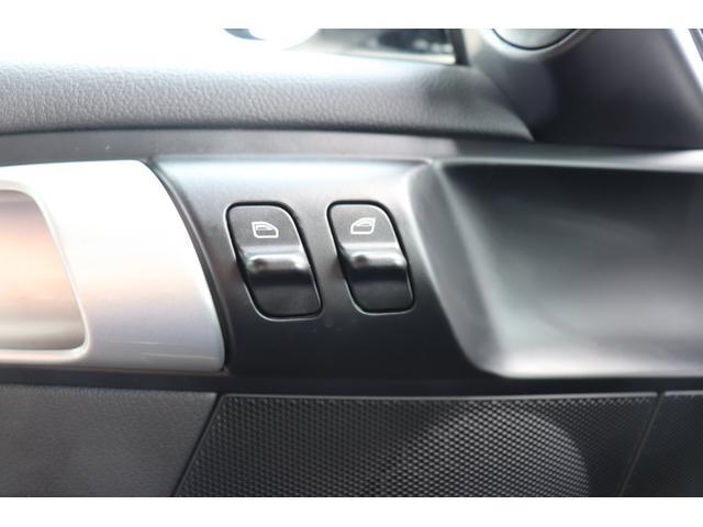 911カレラS ディーラー車 記録簿 PASM(ポルシェアクティブサスペンションマネージメント) レッドキャリパー ブラックレザー 純正ナビ アルカンターラルーフラインイング(47枚目)