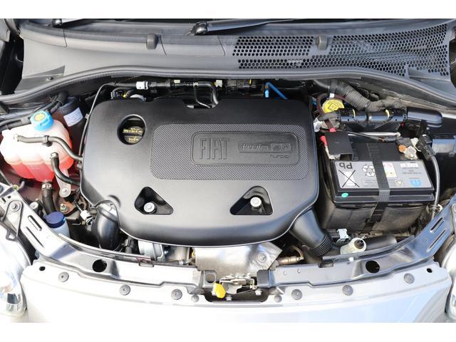 マヌアーレ 1オーナー ディーラー車 限定車 禁煙車 ETC ドライブレコーダー 5速マニュアル ステアリングスイッチ ハーフレザーシート Uconnect(19枚目)