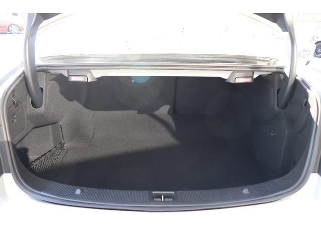 E250 CGIブルーエフィシェンシー クルーズコントロール メモリー付パワーシート ハーフレザーシート 純正ナビ フルセグTV バックカメラ パークトロニック キセノンヘッドライト 社外18インチアルミホイール ETC(18枚目)