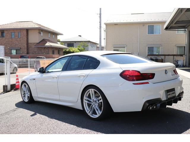 640iグランクーペ Mスポーツパッケージ 純正ナビ TVフルセグ バックカメラ 黒革シート シートヒーター コンフォートアクセス ドライビングアシスト 電動チルトサンルーフ ローダウン 社外マフラー LEDヘッドライト リアローラブラインド(24枚目)