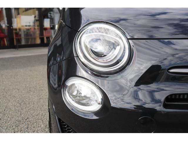 デチベル スロットルコントローラー H&Rダウンサス ハーフレザーシート Uconect Beatsサウンドシステム 限定車 SPARCOkクロモドラ グットイヤーオールシーズンタイヤ ミラーカバー(24枚目)