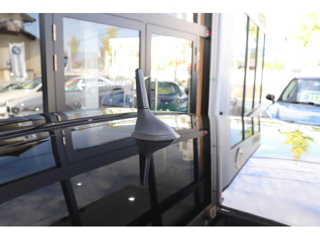 デチベル スロットルコントローラー H&Rダウンサス ハーフレザーシート Uconect Beatsサウンドシステム 限定車 SPARCOkクロモドラ グットイヤーオールシーズンタイヤ ミラーカバー(39枚目)