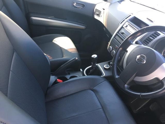 日産 エクストレイル 20X 4WD 6速マニュアル スマートキー 17インチAW