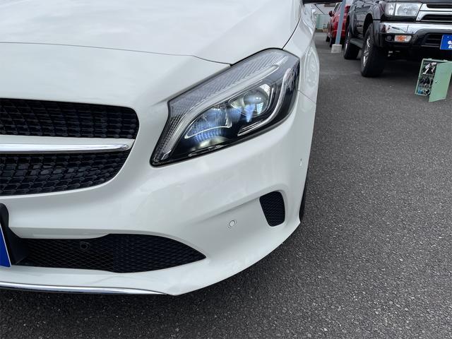 A180 スタイル 純正ナビ フルセグ Bluetooth ETC車載器 HIDヘッドライト バックカメラ プッシュスタート 衝突軽減ブレーキ 純正アルミ(5枚目)