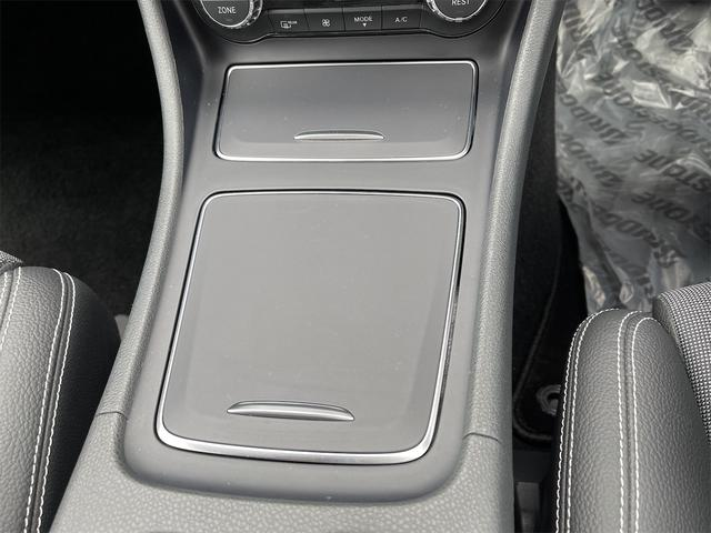 A180 スタイル 純正ナビ フルセグ Bluetooth ETC車載器 HIDヘッドライト バックカメラ プッシュスタート 衝突軽減ブレーキ 純正アルミ(40枚目)