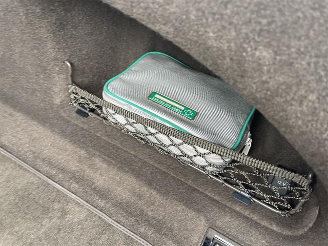 3.0TFSIクワトロ V6スーパーチャージャー 4WD BOSEサウンドシステム 純正インダッシュHDDナビ フルセグ バックカメラ 本革 シートヒーター オートスポイラー パドルシフト オートトランク(22枚目)