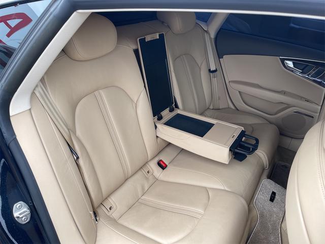 3.0TFSIクワトロ V6スーパーチャージャー 4WD BOSEサウンドシステム 純正インダッシュHDDナビ フルセグ バックカメラ 本革 シートヒーター オートスポイラー パドルシフト オートトランク(76枚目)