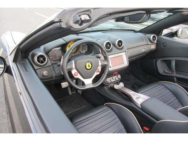 「フェラーリ」「フェラーリ カリフォルニア」「オープンカー」「山梨県」の中古車13